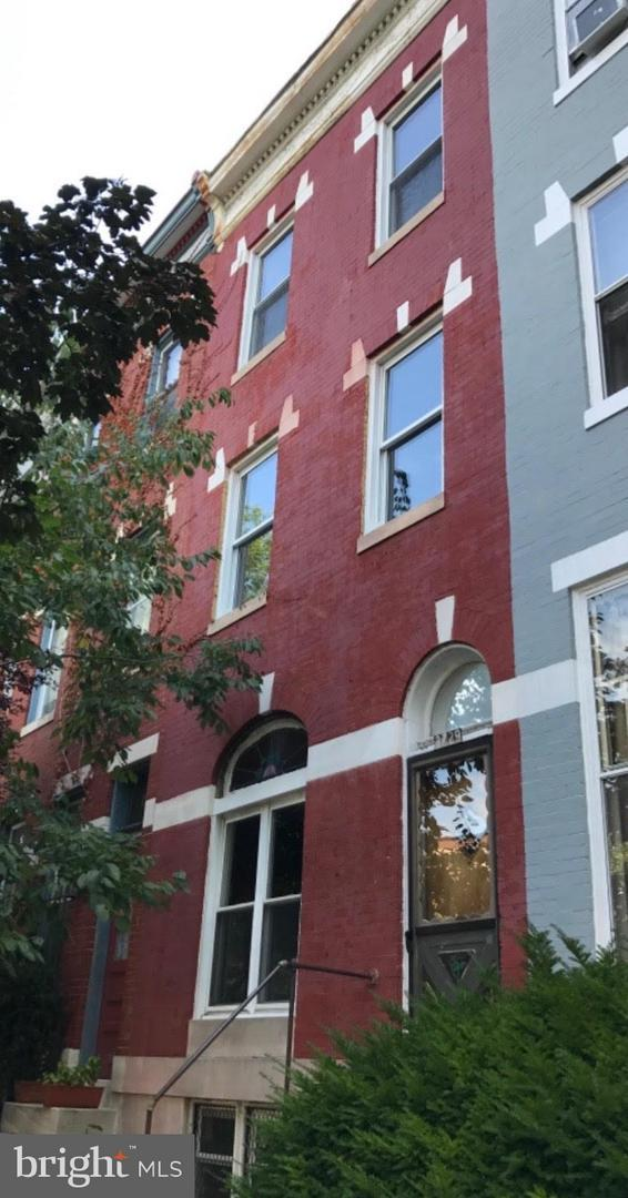 2729 Maryland Avenue, BALTIMORE, MD 21218 (#MDBA305068) :: The Speicher Group of Long & Foster Real Estate
