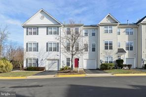 2535 Logan Wood Drive, HERNDON, VA 20171 (#VAFX747360) :: Colgan Real Estate