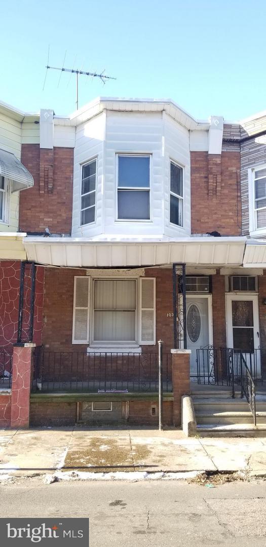 1938 E Monmouth Street, PHILADELPHIA, PA 19134 (#PAPH510950) :: Jason Freeby Group at Keller Williams Real Estate
