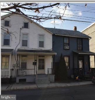 324 W Middle Street, GETTYSBURG, PA 17325 (#PAAD102576) :: The Joy Daniels Real Estate Group