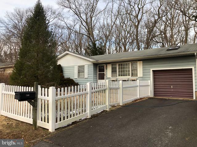 749 Hardean, BRICK, NJ 08724 (#NJOC120556) :: Daunno Realty Services, LLC