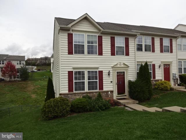 1901 Orchard View Road, READING, PA 19606 (#PABK248178) :: Remax Preferred | Scott Kompa Group