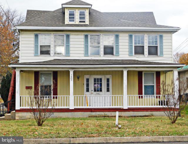 1809 E Main Street E, WAYNESBORO, PA 17268 (#PAFL141778) :: Benchmark Real Estate Team of KW Keystone Realty
