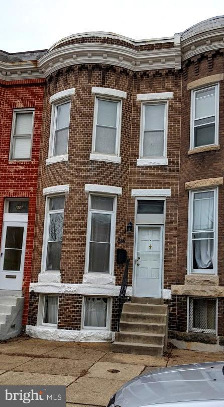 816 W 35TH Street W, BALTIMORE, MD 21211 (#MDBA305684) :: The Sebeck Team of RE/MAX Preferred
