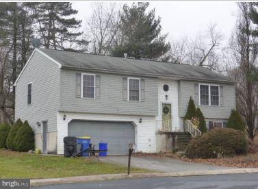 110 Dogwood Court, MANCHESTER, PA 17345 (#PAYK106350) :: The Joy Daniels Real Estate Group
