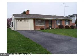 17506 Stone Valley Drive, HAGERSTOWN, MD 21740 (#MDWA136942) :: The Maryland Group of Long & Foster