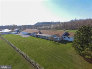 2 Carson Lane, ANNVILLE, PA 17003 (#PALN103036) :: John Smith Real Estate Group