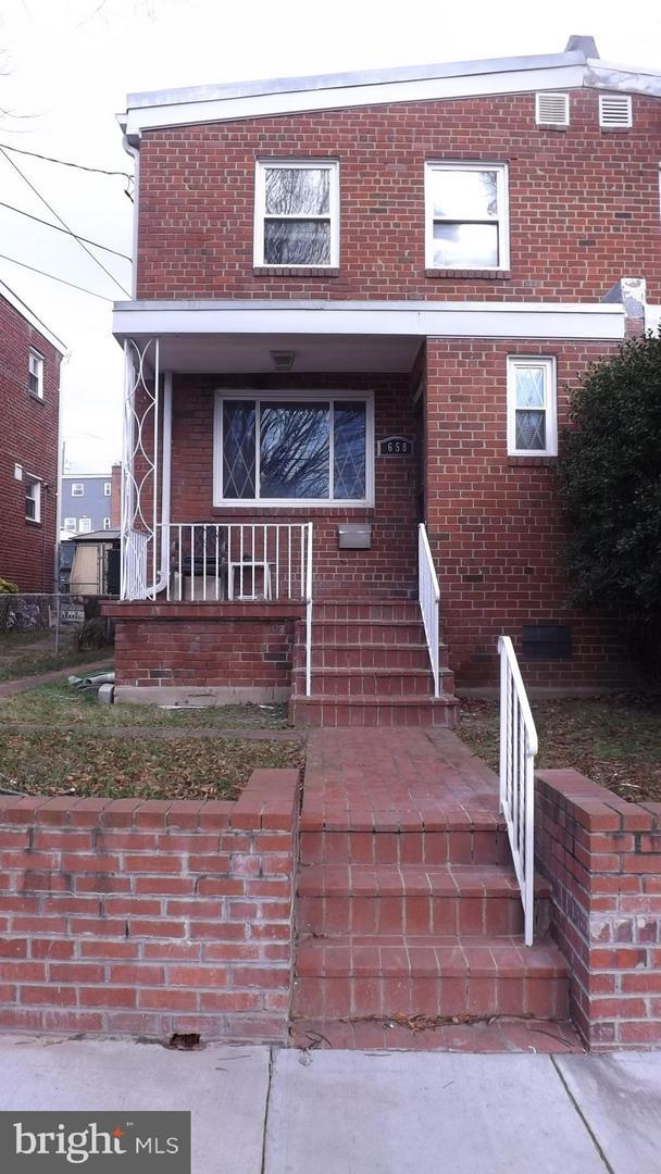 658 Nicholson Street NE, WASHINGTON, DC 20011 (#DCDC310998) :: RE/MAX Plus