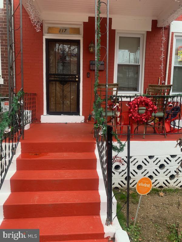 117 U Street NE, WASHINGTON, DC 20002 (#DCDC311092) :: Crossman & Co. Real Estate