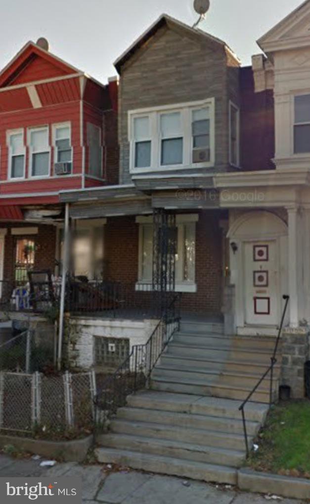 1112 S 56TH Street, PHILADELPHIA, PA 19143 (#PAPH514158) :: Ramus Realty Group