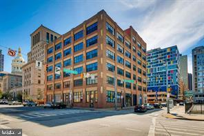 234 Holliday Street #304, BALTIMORE, MD 21202 (#MDBA322056) :: Erik Hoferer & Associates