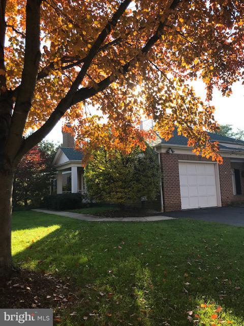 612 Brightwood Club Drive, LUTHERVILLE TIMONIUM, MD 21093 (#MDBC382076) :: Wes Peters Group Of Keller Williams Realty Centre