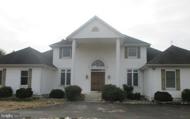 186 Bordentown Georgetown, COLUMBUS, NJ 08022 (#NJBL300478) :: Linda Dale Real Estate Experts