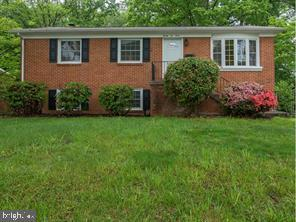 2212 Culpeper Drive, WOODBRIDGE, VA 22191 (#VAPW390834) :: Remax Preferred | Scott Kompa Group