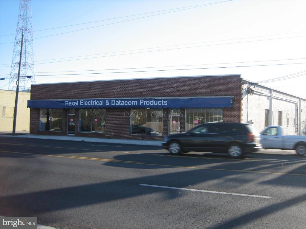 1223 Salisbury Boulevard - Photo 1