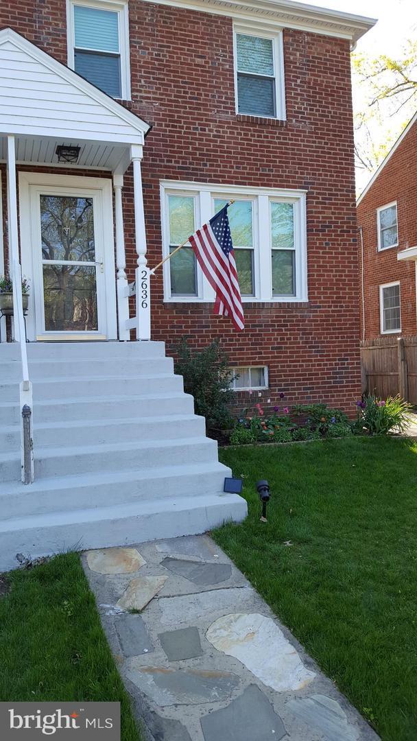 2636 S Uhle Street, ARLINGTON, VA 22206 (#VAAR123932) :: Erik Hoferer & Associates