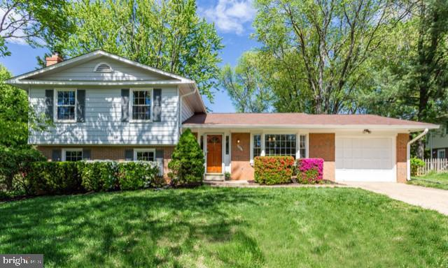 9467 Shouse Drive, VIENNA, VA 22182 (#VAFX923366) :: Great Falls Great Homes