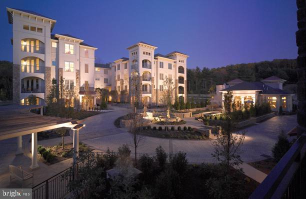 417 Cornerstone Drive #417, NEWTOWN SQUARE, PA 19073 (#PADE436238) :: Keller Williams Real Estate