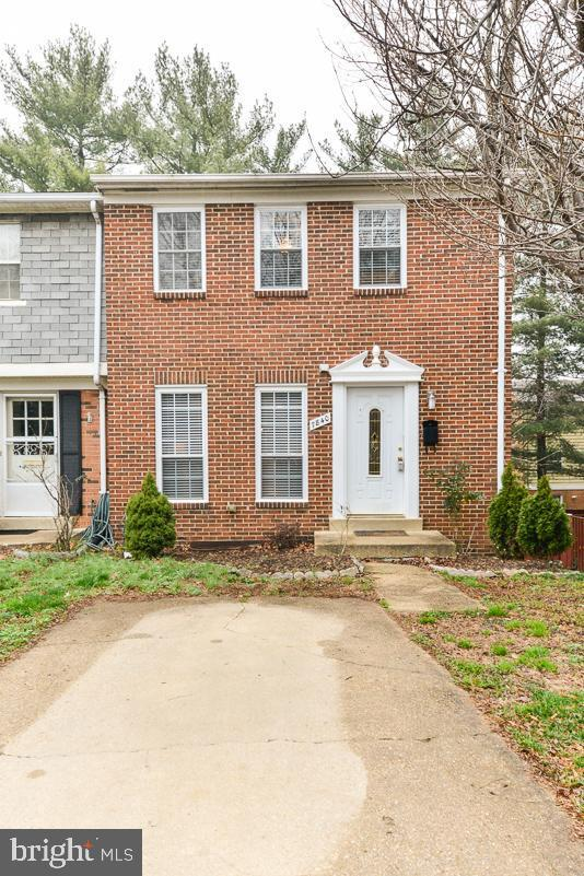 7840 Snead Lane, FALLS CHURCH, VA 22043 (#VAFX943918) :: The Gus Anthony Team