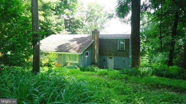 145 Riverview Rd E E, DELTA, PA 17314 (#PAYK109874) :: The Joy Daniels Real Estate Group