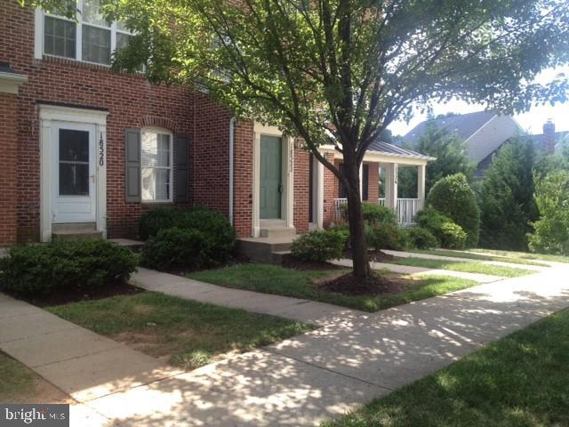 18522 Stakeburg Place #24, OLNEY, MD 20832 (#MDMC618716) :: The Withrow Group at Long & Foster