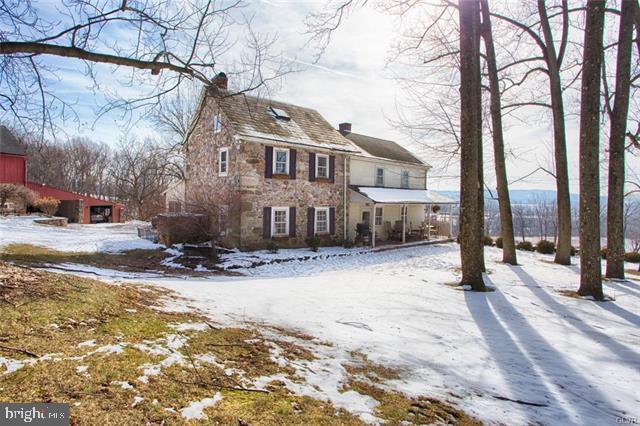 3108 Limeport Pike, COOPERSBURG, PA 18036 (#PALH110180) :: Colgan Real Estate