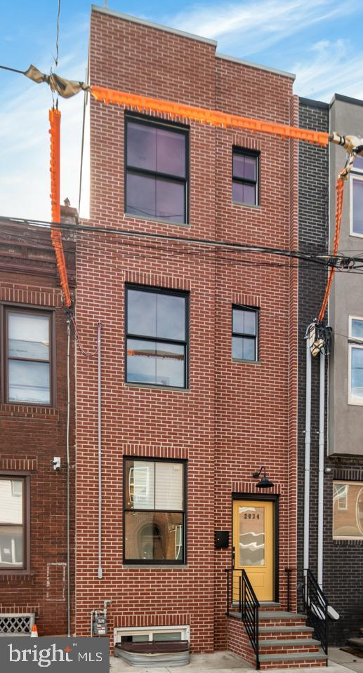 2034 E Dauphin Street, PHILADELPHIA, PA 19125 (#PAPH717156) :: McKee Kubasko Group