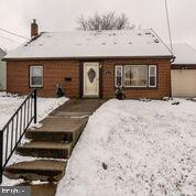 1426 E Queen Street, ANNVILLE, PA 17003 (#PALN104446) :: John Smith Real Estate Group