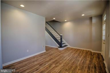 3503 W Franklin Street W, BALTIMORE, MD 21229 (#MDBA436224) :: ExecuHome Realty