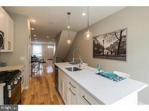 728 Mckean Street, PHILADELPHIA, PA 19148 (#PAPH717586) :: Colgan Real Estate