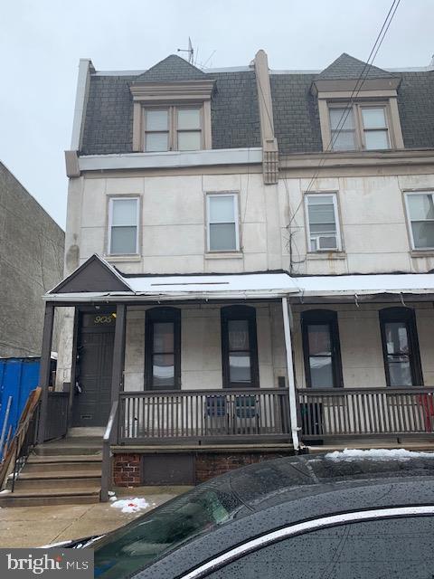 905 N 42ND Street, PHILADELPHIA, PA 19104 (#PAPH717894) :: Erik Hoferer & Associates