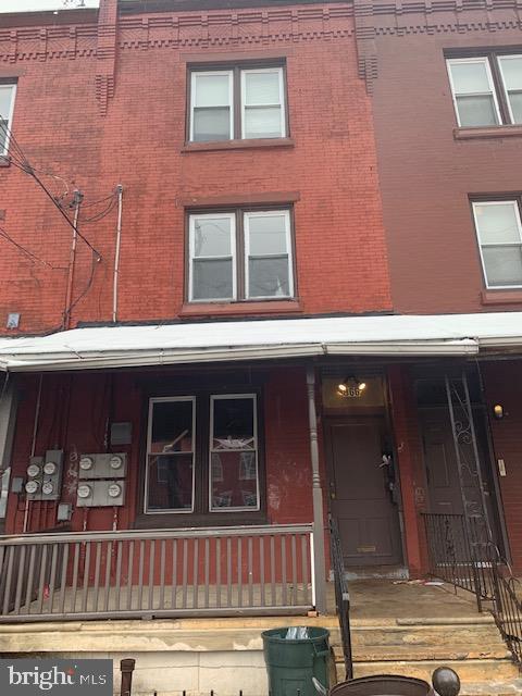 852 N 42ND Street, PHILADELPHIA, PA 19104 (#PAPH717896) :: Erik Hoferer & Associates