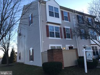 7920 Otter Cove Court, GAITHERSBURG, MD 20886 (#MDMC619696) :: The Sebeck Team of RE/MAX Preferred