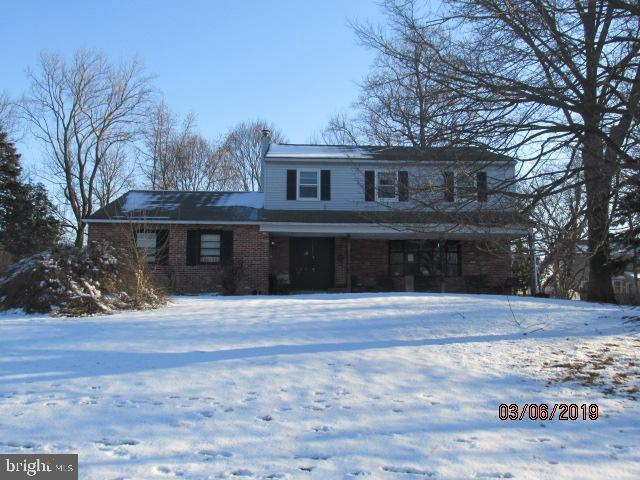 422 Cloverly Lane, HORSHAM, PA 19044 (#PAMC551878) :: Colgan Real Estate