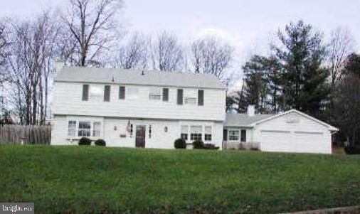 9202 Lawnview Lane, LAUREL, MD 20708 (#MDPG500702) :: Blackwell Real Estate