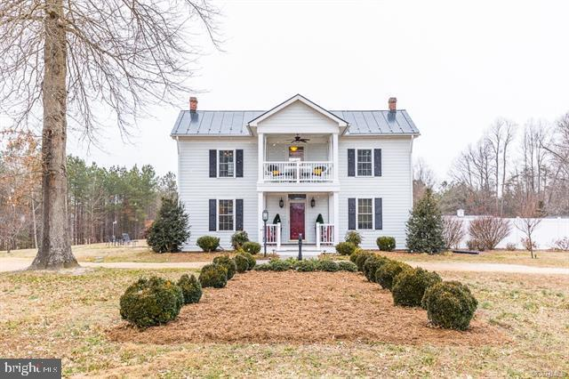 2120 Pilkington Road, HUSTLE, VA 22476 (#VAES100562) :: The Withrow Group at Long & Foster