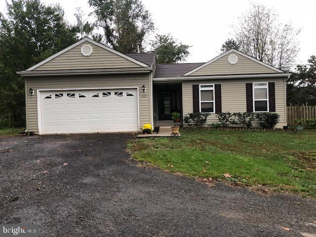 102 Howellsville Road, FRONT ROYAL, VA 22630 (#VAWR133742) :: Erik Hoferer & Associates