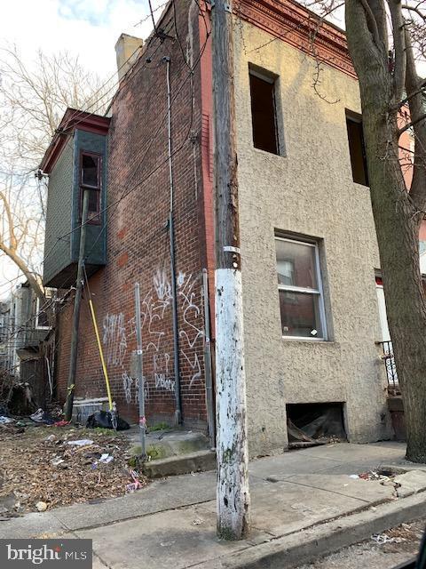 1647 N Dover Street, PHILADELPHIA, PA 19121 (#PAPH719990) :: Erik Hoferer & Associates