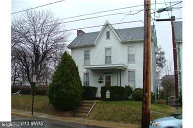 324 Fort Street, SHIPPENSBURG, PA 17257 (#PACB109584) :: Remax Preferred | Scott Kompa Group