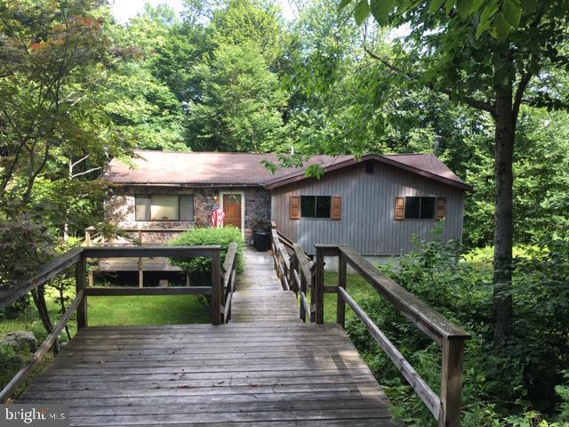 124 Fly Rod, POCONO LAKE, PA 18347 (#PAMR103842) :: Colgan Real Estate
