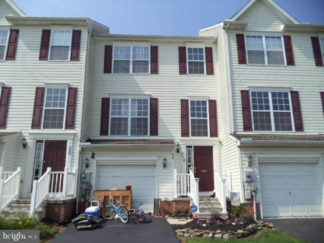 318 Mesa Lane, YORK, PA 17408 (#PAYK111142) :: Flinchbaugh & Associates