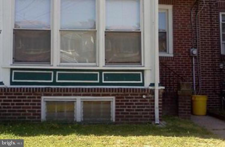 4617 Woodland Avenue - Photo 1