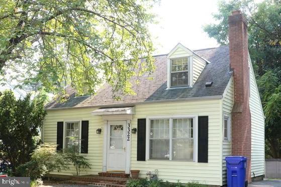 3322 Jones Bridge Road, CHEVY CHASE, MD 20815 (#MDMC622548) :: Colgan Real Estate