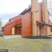 7615 Weather Worn Way A, COLUMBIA, MD 21046 (#MDHW250648) :: The Speicher Group of Long & Foster Real Estate