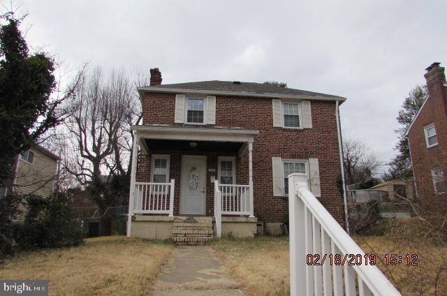 708 Devonshire Road, BALTIMORE, MD 21229 (#MDBC434252) :: The Speicher Group of Long & Foster Real Estate