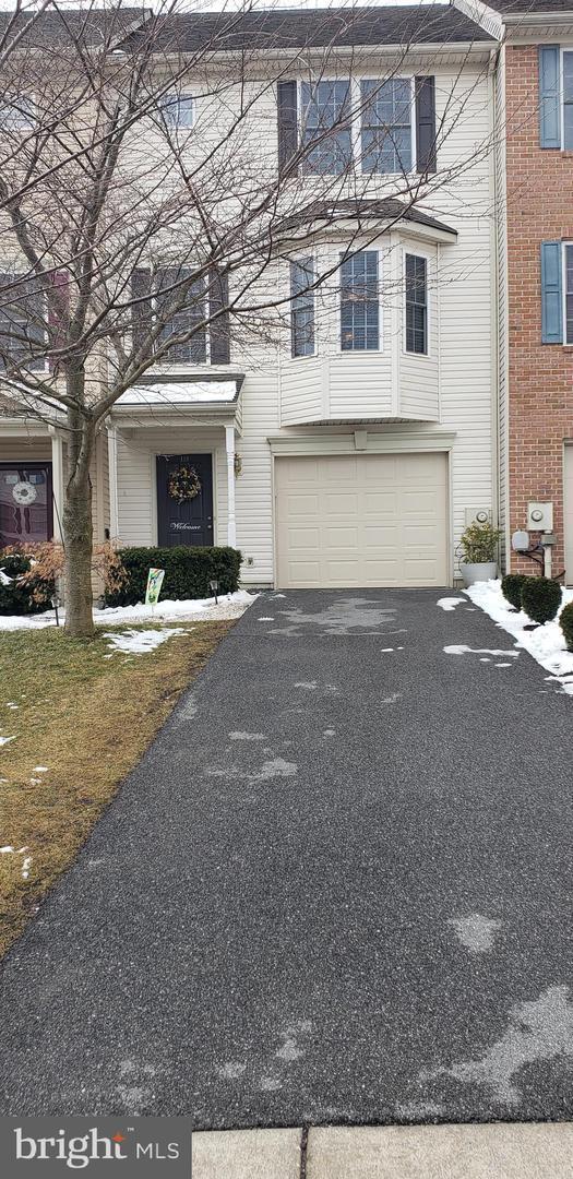 139 Teague Lane, MARTINSBURG, WV 25405 (#WVBE160644) :: Colgan Real Estate