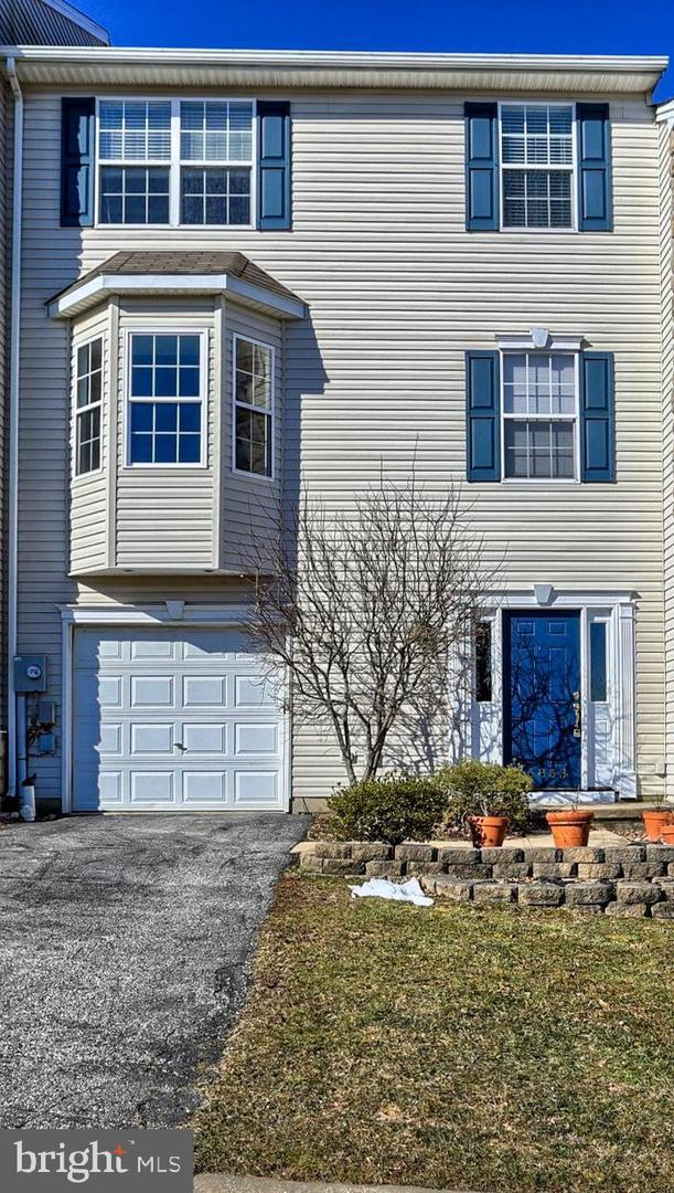 16853 Roosevelt Lane, SHREWSBURY, PA 17361 (#PAYK111608) :: The Heather Neidlinger Team With Berkshire Hathaway HomeServices Homesale Realty