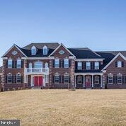 13612 Kings Isle Court, BOWIE, MD 20721 (#MDPG503362) :: Colgan Real Estate