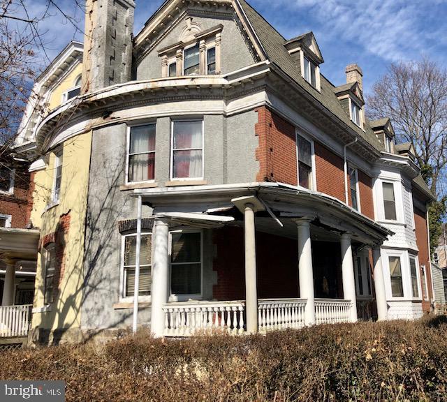 6335 Burbridge Street, PHILADELPHIA, PA 19144 (#PAPH725828) :: Keller Williams Realty - Matt Fetick Team