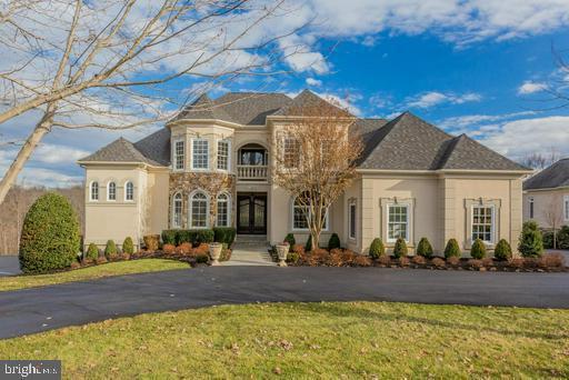 15850 Spyglass Hill Loop, GAINESVILLE, VA 20155 (#VAPW435080) :: Colgan Real Estate